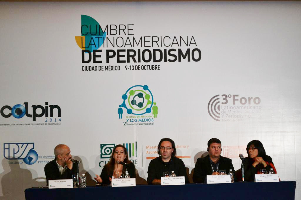 Mesa sobre Nuevas narrativas periodísticas. Participan Mabel Rehnfeldt, Juan Manuel Casanueva, Fabio Gusmao y Milagros Salazar.